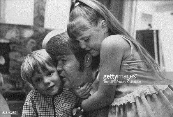 Glen Campbell Family   Glen Campbell [& Family];Travis Campbell;Kelli Campbell