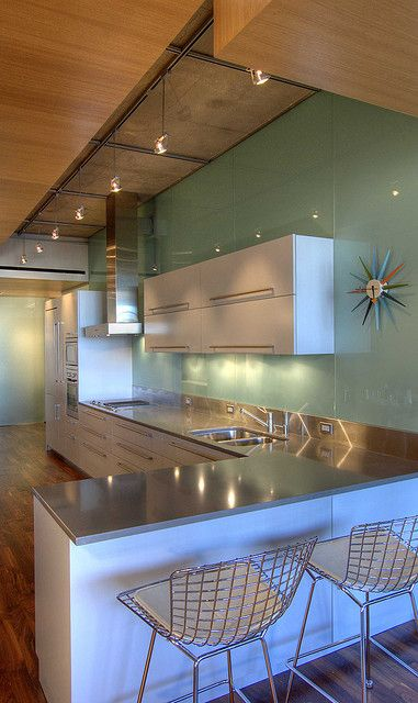 I love modern !!!  Just hope one day I can have a modern house   Midcentury Mod Inspired Kitchen <3