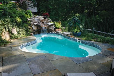 Freeform freeform pools are perfect chameleons they for Pool design regrets