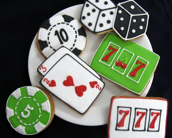 poker chip cookie, playing card cookie, dice cookie, slot machine cookie, poker…
