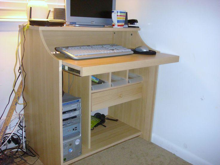 Oak wood computer desk in Dawn's Garage Sale in Virginia Beach , VA for $35.00. Great condition.  Like new.