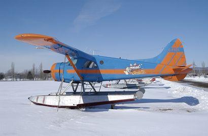 De Havilland DHC-2 Beaver (1948) by Punch Dickins.