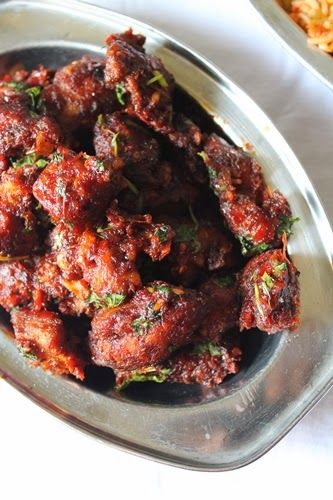 Schezwan Chicken Recipe / Spicy Schezwan Chicken Fry