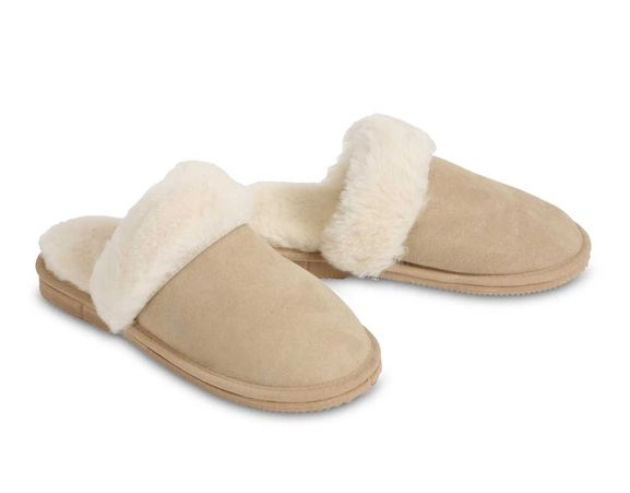 CHIC EMPIRE - 100% Australian sheepskin slippers. Made in Australia.