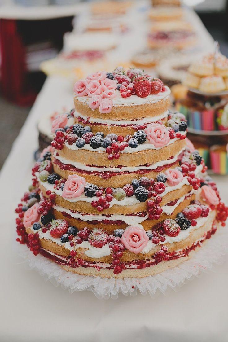 #hochzeitstorte #weddingcake Bunte DIY Sommerhochzeit | Hochzeitsblog The Little Wedding Corner