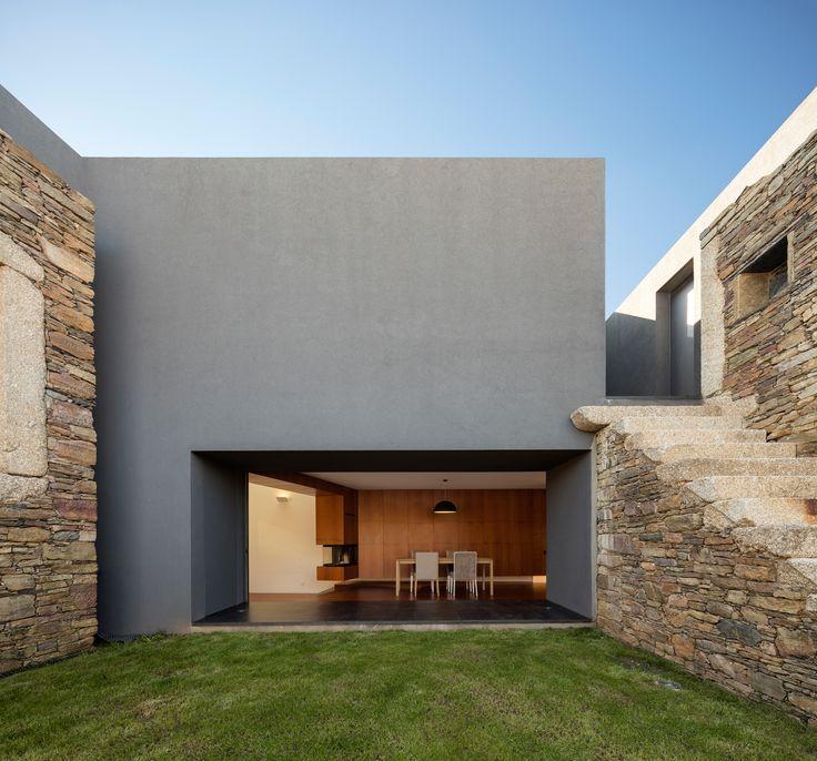 AND-RÉ, Fernando Guerra (FG+SG), Paredes, Vigario House