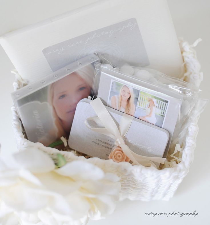 What a cute idea for senior reps! #photogpinspiration