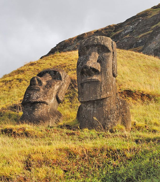 How many likes for mysterious statues?