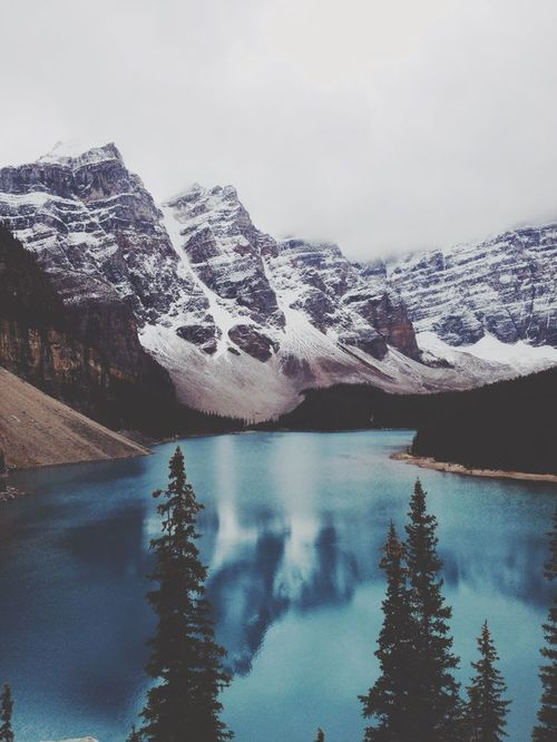 mountains and lakes yes pls n thank u