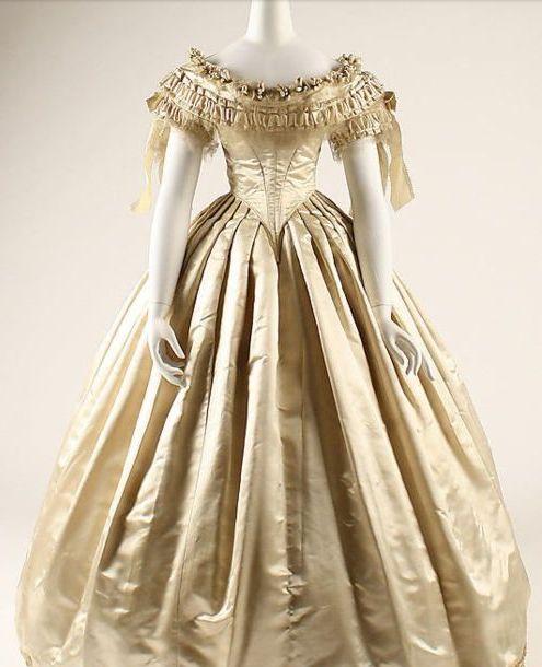 Wedding Dress 1855-1862 The Metropolitan Museum Of Art