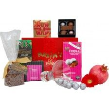 For all those chocolate lovers this is the perfect gift! A truly luxurious selection of some of the best chocolates around!