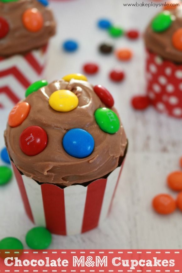 These fun chocolate cupcakes with M&M'S are perfect for any upcoming birthday party!