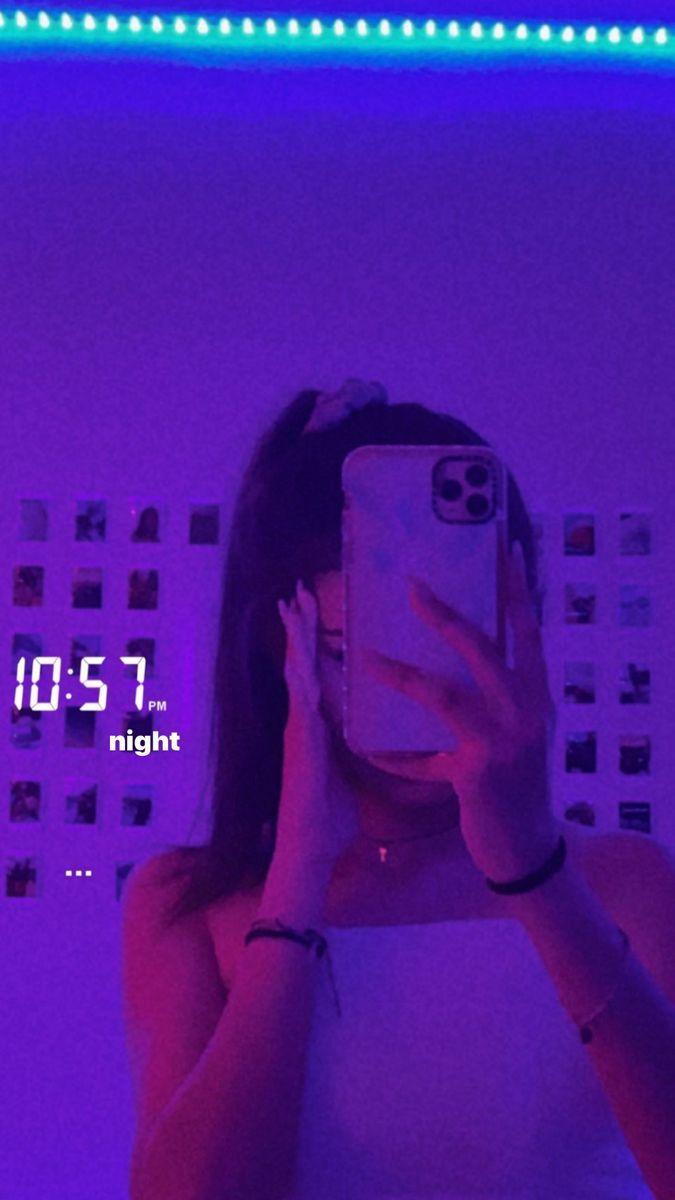 Pinterest Emilypaulichi In 2020 Mirror Selfie Poses Selfie Poses Instagram Story Ideas