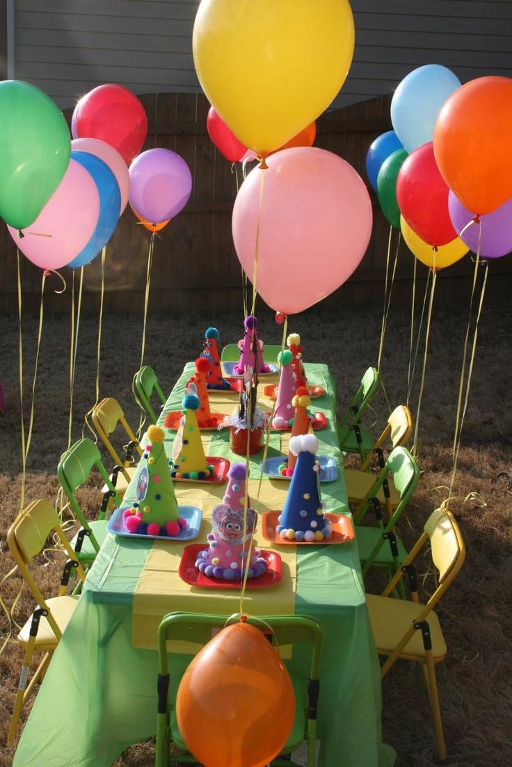 Ballooooooooons sesame street party pinterest for Kids birthday decorations at home