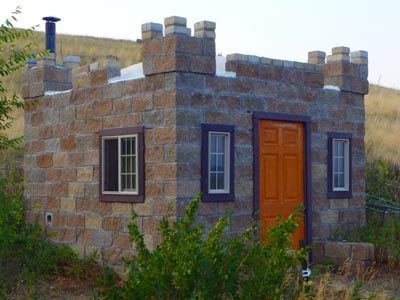 Castle Construction Building A Split Face Block Guest House From Mostly Recycled