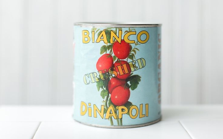 Bianco Di Napoli Organic Crushed Tomatoes with Basil