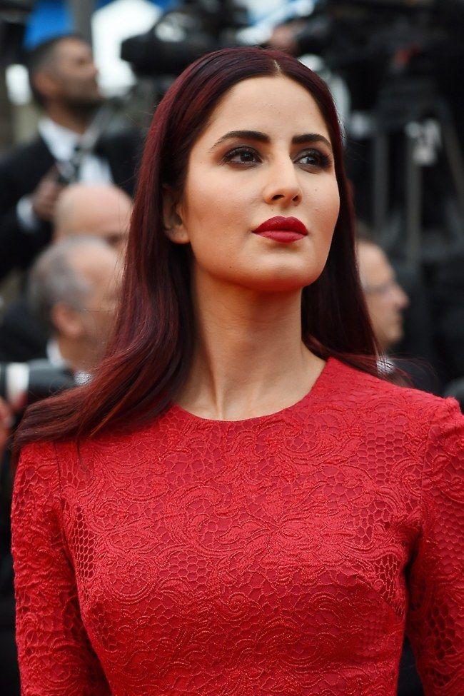 On copie le beauty look femme fatale de Katrina Kaif