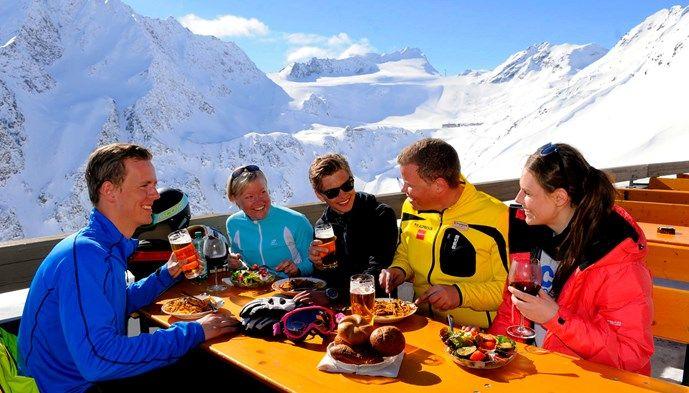 Sölden erbjuder mat och skidåkning i världsklass! skiing Snow winter STS Alpresor puder skidresa Alperna