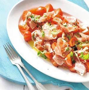 Recept - Tomatensalade met serranoham - Allerhande