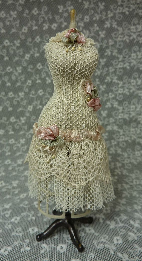 5 inch/12.5 cm Shabby Chic miniature dress form ready for a miniature sewing room. Made from a Chrysnbon kit. It is painted and decorated with point