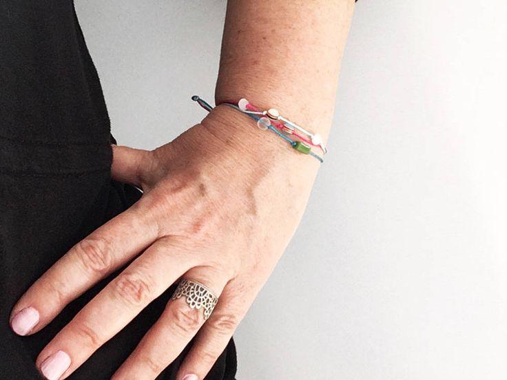 Bracelet 3 fils ROSE BLEU Ciel TURQUoISE & Perles différentes Fermoir nœud plat rose Femme Ado Bracelet Fashion chance Ami Amour été 2017 de la boutique BBSdeParis sur Etsy