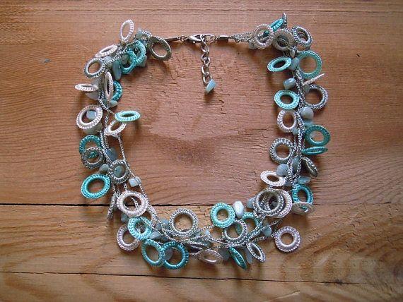 Crochet aqua di cerchio collana turchese
