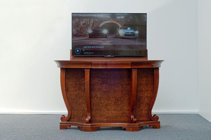 Automata Tv kiemelővel ellátott állvány.