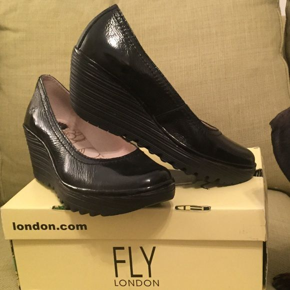 Fly London Yoni black patent shoes! Size 40! Fly London Black patent leather shoes. Yoni style. Like new! Excellent condition!! These are super comfortable shoes with a twist. London Fly is a comfort brand. According to FLY London's website, a 40 is like a size 9-9.5 in this brand. No trades. Reasonable offers welcome. London Fly Shoes