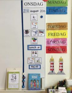 Scema och kalender för att följa dagen i klassrummet