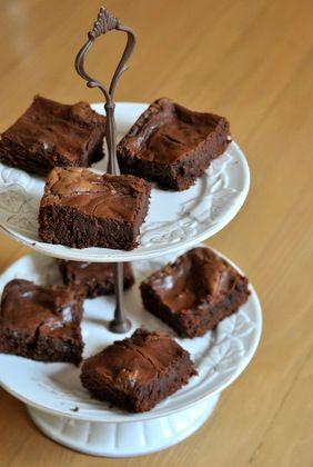 Chocolate Cheesecake Brownies: Chocolates Cheescake, Cheescake Brownies, Chocolates Chips, Chocolates Cheesecake, Brownies Cans T, Ads Chocolates, Cheesecake Brownies Wow, Bar, Chocolate Cheesecake