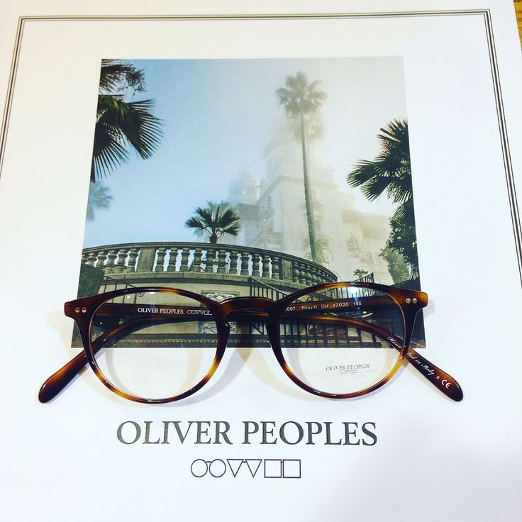 ~Minimal round shape by Oliver Peoples~