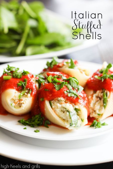 Italian Stuffed Shells. Super easy dinner recipe! http://www.highheelsandgrills.com/2014/03/italian-stuffed-shells.html