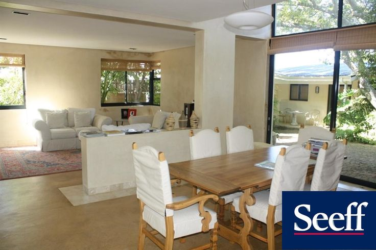 CONTEMPORARY HOME WITH GUEST COTTAGE. This modern 4 bedroom home is set in a tranquil cul-de-sac and has gorgeous mountain views and a lovely guest cottage with its own garage.