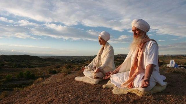 Experience Yoga & Meditation with a traditional Home stay | Yoga & Meditation Holiday , Home Stay with an Indian family | Combadi #yoga #meditation