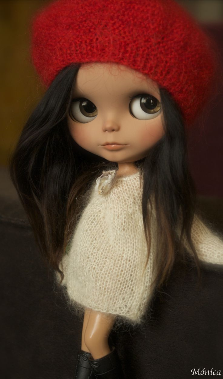 Blythe doll by Mónica...I love these gorgeous little dolls