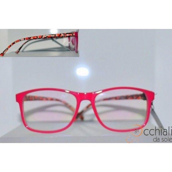 Occhiali da vista 2223/V 40 Il modello Moodys 2223/V  è un occhiale da vista dalla forma rettangolare che permette a chi lo indossa di sentirsi libero di esprimete la propria personalità. E' caratterizzato da una montatura in celluloide Fuxia, con aste fantasia, che rende l'occhiale Particolare e Giovanile! Adatto a qualsiasi tipo di viso. Modello Donna