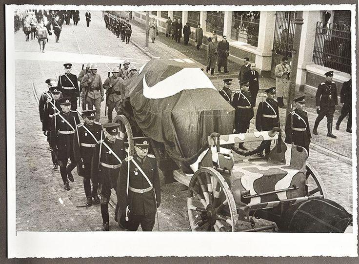 Büyük Başbuğ Atatürk'ün İstanbul ve Ankara'daki Cenaze Töreni Fotoğrafları 4. Bölüm