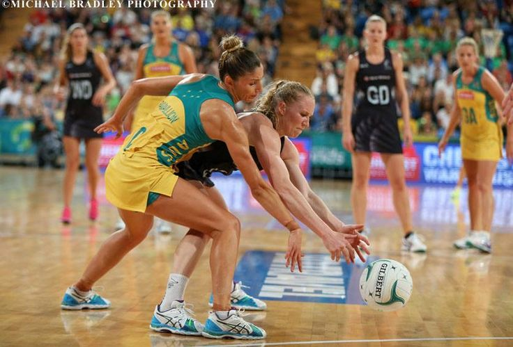 30.10.2015 Silver Ferns Laura Langman in action during the Silver Ferns v Australian Diamonds netball test match played at Perth Arena.