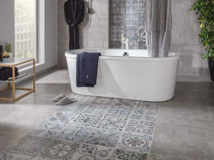 Oltre 25 fantastiche idee su bagni di piastrelle su - Piastrelle decorate per bagno ...