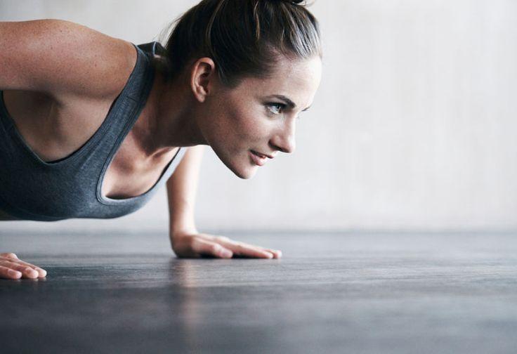Η 15λεπτη προπόνηση που μπορείς να κάνεις κάθε πρωί στο σπίτι σου
