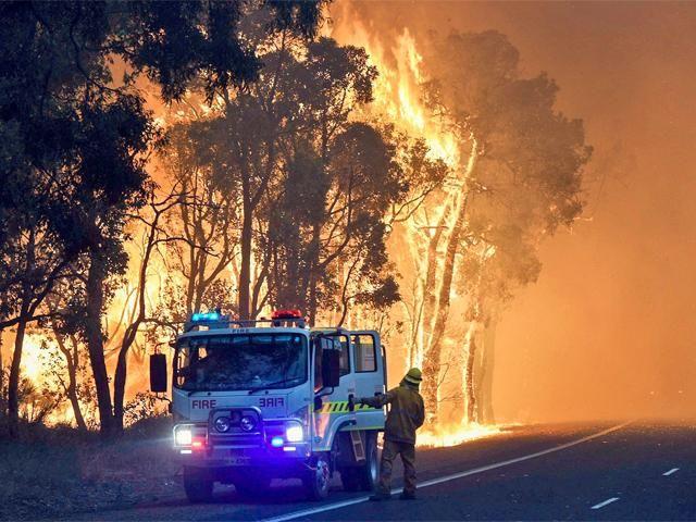 Slideshow : Raging bushfire devastates Yarloop - Raging bushfire devastates Australian town Yarloop - The Economic Times