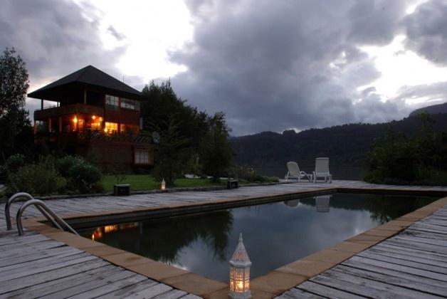Termas Ventisquero de Puyuhuapi  Los magníficos parajes del fin del mundo albergan al complejo Ventisquero- Puyuhuapi, un lugar para disfrutar y vivir la naturaleza en el sur de Chile.
