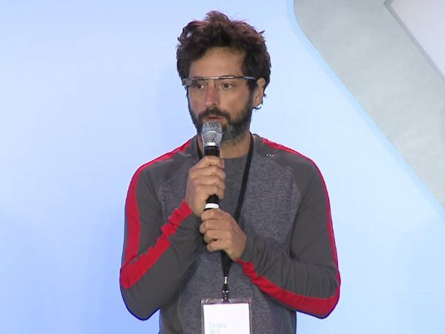 Sergey Brin este un antreprenor de succes, cofondator si presedinte tehnic al corporatiei Google Inc, fiind unul dintre cei mai bogati oameni din America, noteaza  timpul.md . In ciuda acestui fapt, potrivit afirmatiilor colegilor sai si a prietenilor apropiati, are un comportament destul de modest. Iata cateva citate remarcabile ale faimosului miliardar.