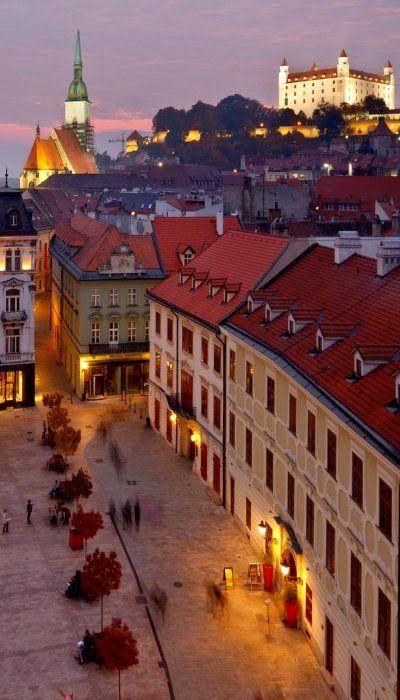 """""""Bratislava, Eslovaquia"""" LEA UN INTERESANTE ARTÍCULO SOBRE ESTE TEMA EN EL SIGUIENTE ENLACE: http://wol.jw.org/es/wol/d/r4/lp-s/102000048 - jw.org/es  """"Bratislava, Slovakia"""" YOU ARE INVITED TO READ AN INTERESTING ARTICLE ABOUT THIS TOPIC IN THE FOLLOWING LINK:  http://wol.jw.org/en/wol/d/r1/lp-e/102000048 - jw.org/en"""
