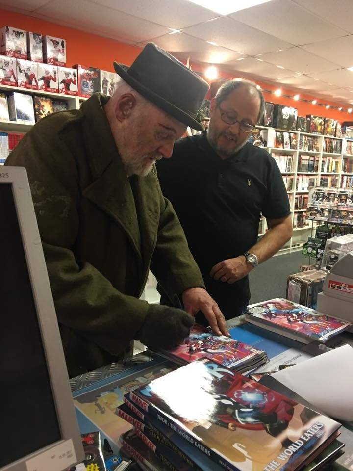 When Sir Anthony Hopkins Pops Into A Comic Shop And Ends Up Signing Lots Of Thor #700