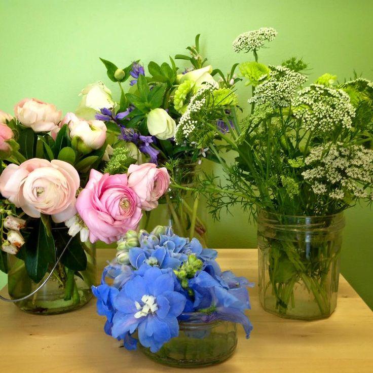 Mason Jar Flowers Wedding Ideas