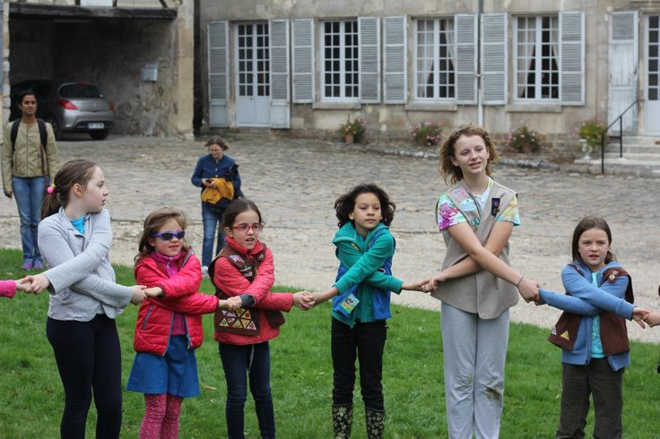 Fall Games with Girl Scouts in Paris at the Ferme de Gally! #girlscouts #Paris
