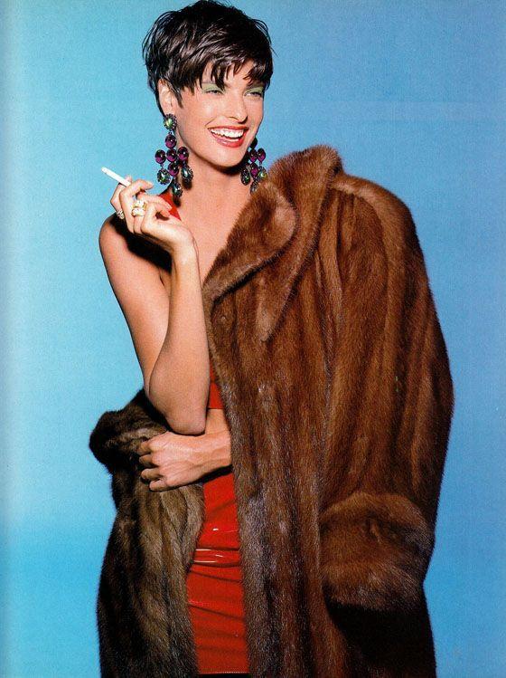 Vogue Italia Nov 1988 - Linda Evangelista by Steven Meisel