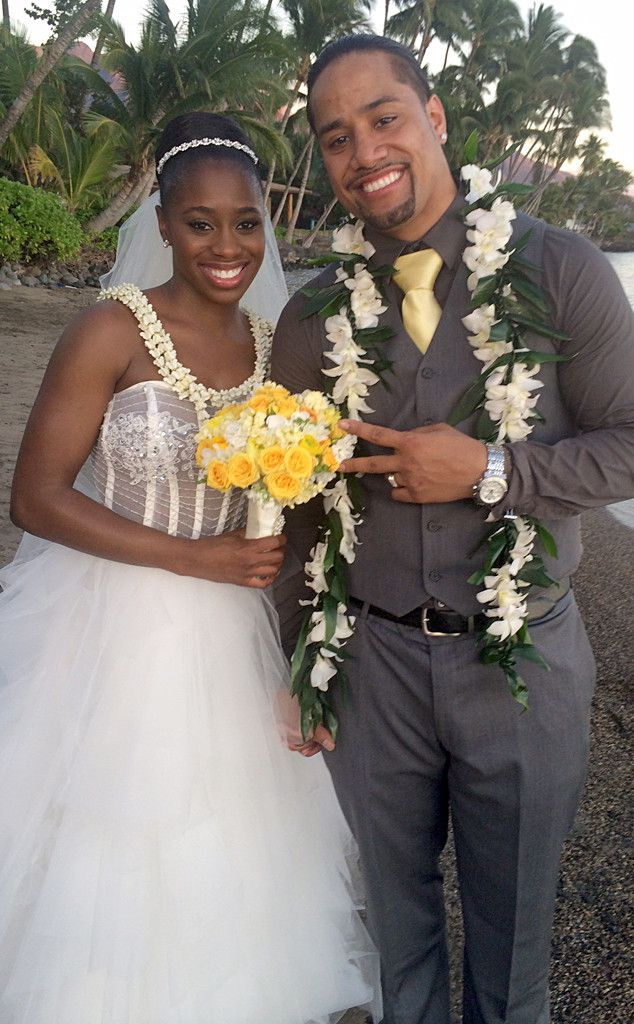Total Divas Stars Trinity McCray and Jonathan Fatu Are Married?See the Exclusive Wedding Pics! on | E! Online Mobile