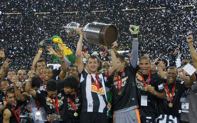 Atlético-MG acredita, bate Olimpia nos pênaltis e é campeão da Libertadores - Futebol - iG